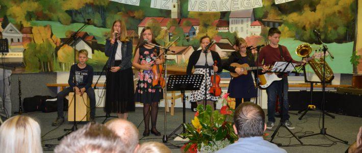 Na dobrodelnem koncertu v Pišecah nastopili tudi učenci OŠ Globoko